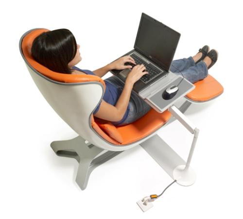 Удобный стол для компьютера своими руками